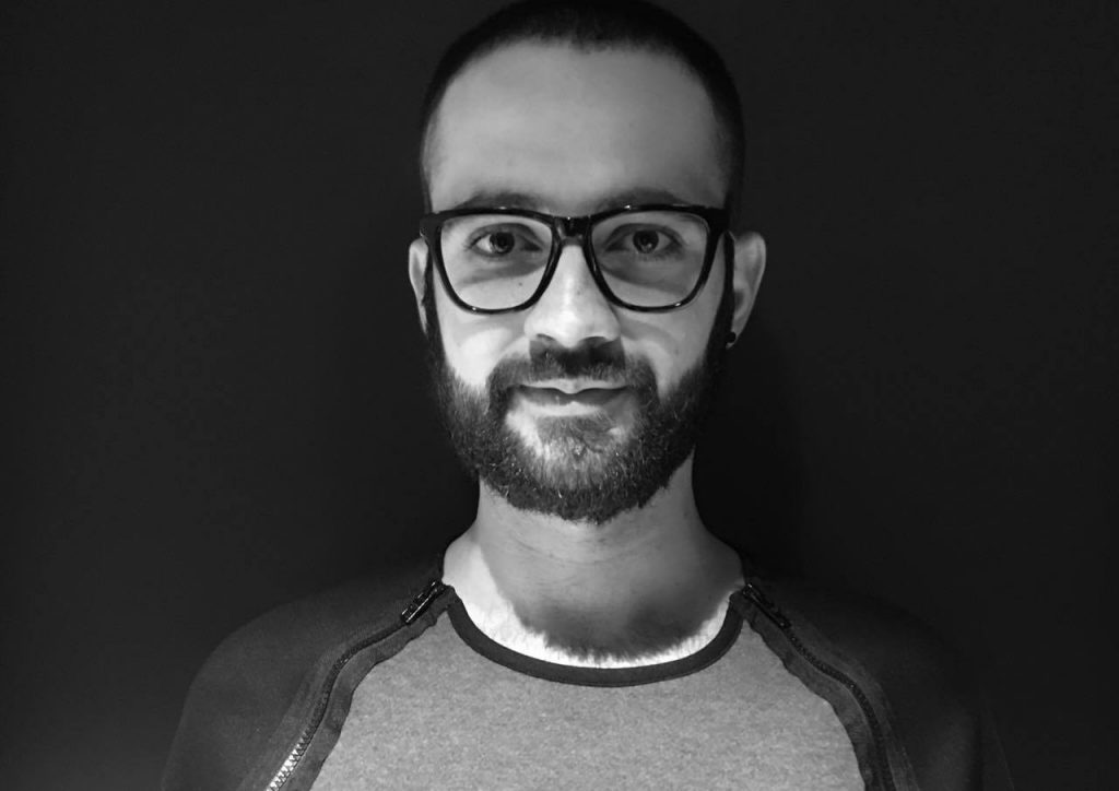 ALEX NEGREI - SENIOR VISUAL MERCHANDISER, STILIST PENTRU COLLECTIVE, PERSONAL SHOPPER