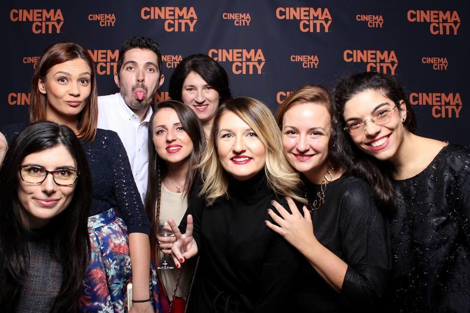 Echipa Cinema City (de la stânga la dreapta): adriana Stanciu (PR Account), Gebi Iordache, Alex, Georgiana Nețoi, anca Burada, Diana Popescu, Ioana Ionescu (Marketing Manager, Cinema City România), Patricia Mihail:, foto: CinemaCity