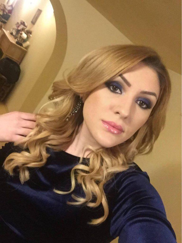 Glitter bleumarin, makeup artist Georgiana Brașoveanu